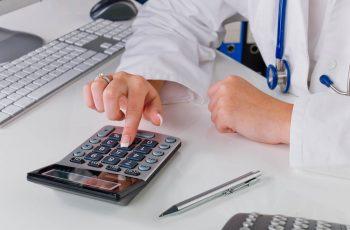 Como escolher o melhor regime tributário para sua clínica de fisioterapia