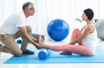 Conheça os principais equipamentos para fisioterapia domiciliar